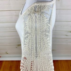 RXB Tunic Top with lace shoulder detail